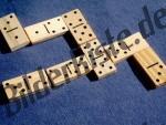 Dominospiel aus Holz