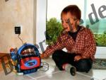 Kind mit Kassettenrekorder