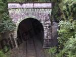 Bilder zum Thema eisenbahntunnels anzeigen